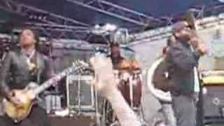 The Roots - The Seed 2.0 LIVE at Yale
