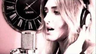 Wayfaring Stranger (Ed Sheeran/ Jamie Woon LIVE Cover) by Alice Olivia