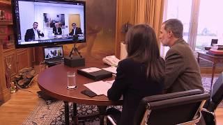 Vídeo conferencia de SS.MM. los Reyes con el presidente de Mercadona, Juan Roig