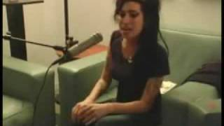 Amy Winehouse - Love is a Losing Game *Live* acoustic
