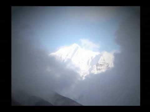 Pavane Pour Une Infante Défunt, Mountains in Mourning