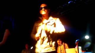 Angel y Khriz - Serás mia (live)