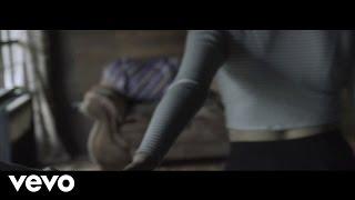 LeytonEme - Ella ft. La Pau
