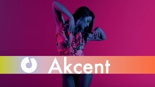 Akcent feat. Sandra N & Veo - Se Thelo (Alo Alo) [Love The Show] (Official Music Video)