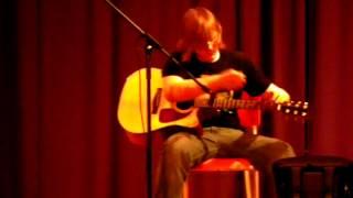 Chris storms - Drifting Andy Mckee - live preformance