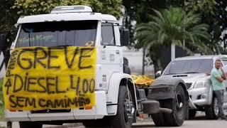 Homenagem aos caminhoneiros na voz de Marcos Brasil