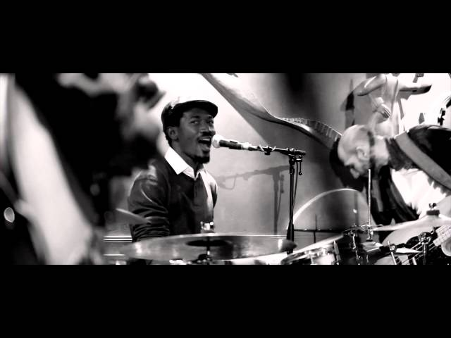 Videoclip oficial de 'Open and Close', de Ogun Afrobeat.
