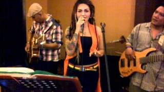 christina perri-A Thousand years cover Borneo Akustik