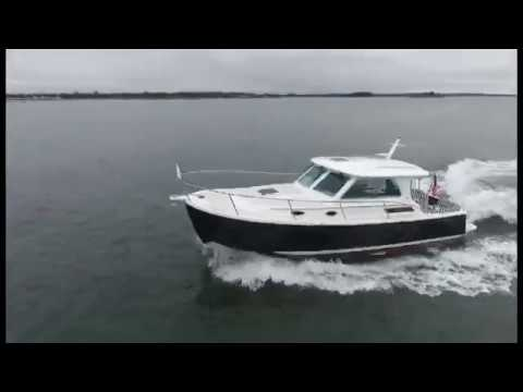 BostonYacht.com - Back Cove Yachts 32