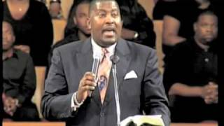 Pastor Dewey Smith Sings - Pass Me Not
