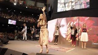 Espontâneo em Línguas - Ana Paula Valadão - Congresso Mulheres Diante do Trono 2016