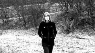 GERO Feat. Hanna - Minden éjjel