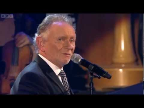 sons-and-daughters-phil-coulter-the-town-i-loved-so-well-chris-loonytoon