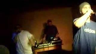 Cumicu - Lasa coniacul sa curga(live lansare cluj)