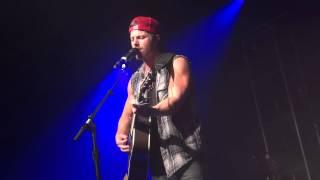 Drive Me Crazy (live) - Kip Moore