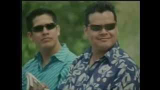 Grupo Bryndis y Kris Melody - Por Muchas Razones Te quiero