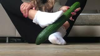 FOOTJOB in White Socks Füße Feetfetish German Feetmodel