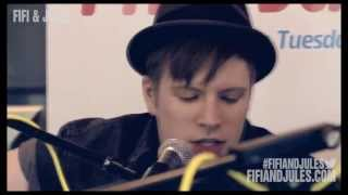 Fall Out Boy - My Songs Know What You Did In The Dark (Light Em Up) - Acoustic