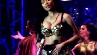 Nicki Minaj - The Night Is Still Young live Sphlash Festival 18 - 2015