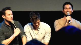 Ian Bohen, Daniel Sharman and Tyler Hoechlin talking about fanfiction @WereWolfCon