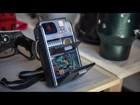 Star Trek Tricorder with Working Display!