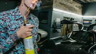 MACHINE GUN KELLY -REHAB(PICTURES VIDEO)