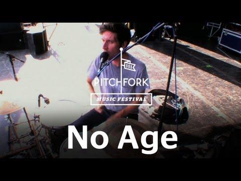 no-age-fever-dreaming-pitchfork-music-festival-2011-pitchforktv