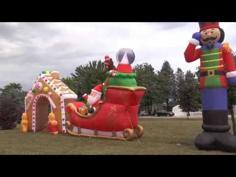 Sandy Pines Christmas In August 2016