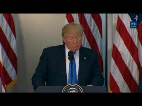Trump acusa