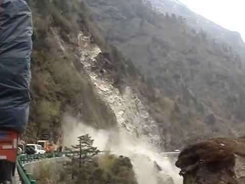 Tibet – Landslide near Nepal border May 2012