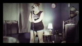 Amy Winehouse Addicted cover by Nicole Green