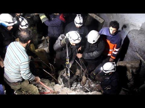 غارات سورية على مناطق تحت سيطرة الفصائل المقاتلة في ادلب