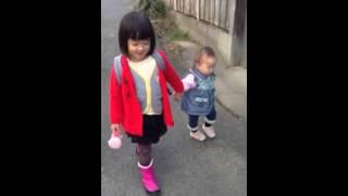 ちいちゃんとゆきちゃんのお散歩