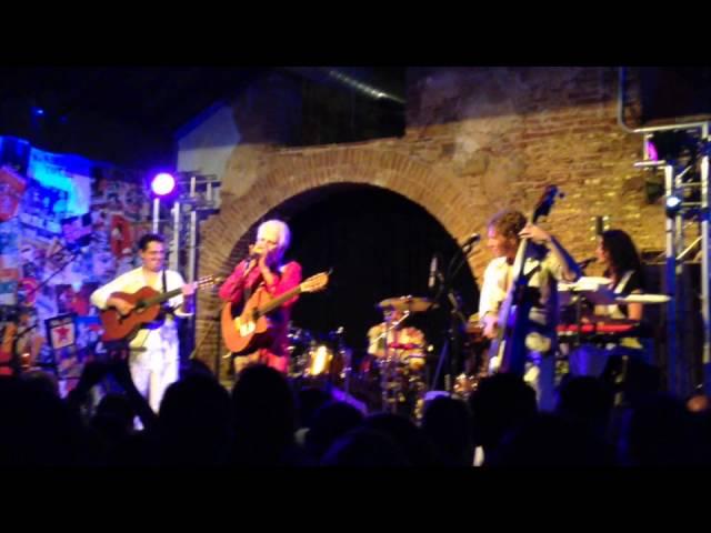 Vídeo de un concierto en la sala La Gramola.