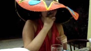 Marília Bebendo Tequila