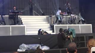 Rita Ora -  Posion Feat.  Krept &  Konan  - Wireless Festival - Live