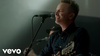 Chris Tomlin - Is He Worthy? (Live)