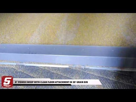 "8"" Sudenga Power Sweep emptying a 30' grain bin"