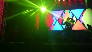 Anitta e Vitin Onze 20 cantando juntinhos cravo e canela no Festival Mix 2016