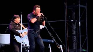 Bruce Springsteen, The River (harmonica introduction only in HD), Coventry Ricoh Arena 20 June 2013