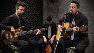 Village Acoustic - Wonderwall (Acoustic Cover)