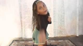 ANNE ( MÚSICA - DANÇA DO CANGURU DE ALINE BARROS E CIA 3 )