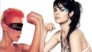 Bat for lashes Sweet Dreams (Eurythmics cover)