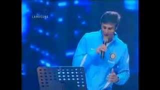 Javer Zanetti canta live Più bella cosa non c'è di Eros Ramazzotti
