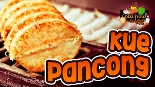 Kue Pancong The Traditional cheap meals from Betawi Jakarta! [Eng Subtitle] - Asta And Food