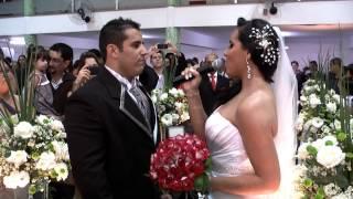 O QUE DIZ MEU CORAÇÃO - Noiva Cantando para o Noivo (Casamento Caroline e Rômulo)