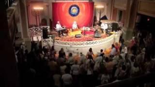 Snatam Kaur Concert - Washington, DC - WaheGuru Dance