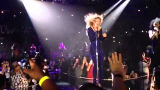 Beyonce!!!!! Love on top! Live Chicago