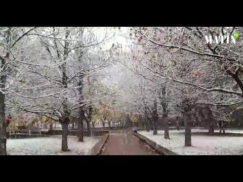 Video : La Ville d'Ifrane retrouve sa beauté naturelle d'antan sous la neige