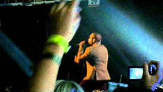 Written in the Stars (live) -- Tinie Tempah ft Eric Turner @ T4 Stars of 2010 -- 21 Nov